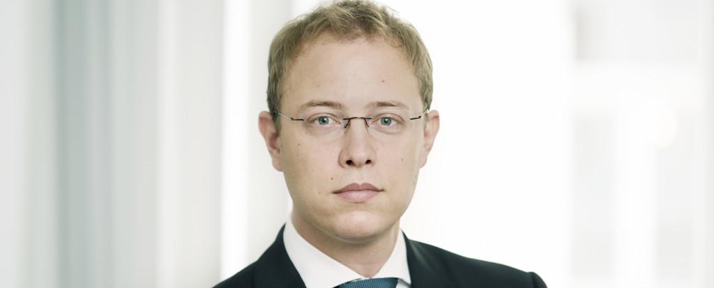 Dr. Wolfhardt Weibel